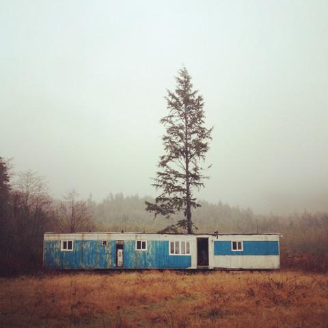 Trailer Leben - fotokunst von Kevin Russ
