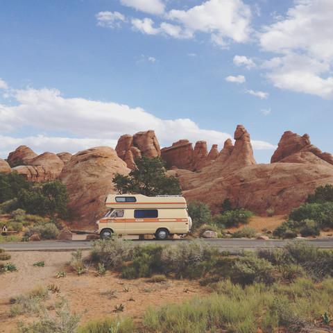 Rock Camper - fotokunst von Kevin Russ