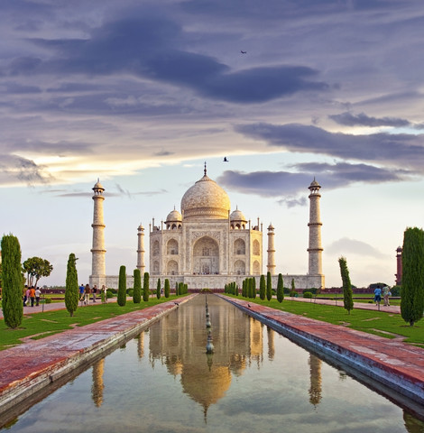 The famous Taj Mahal of India - fotokunst von Markus Schieder