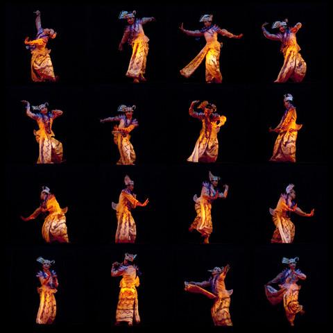 Burmese Dancer - fotokunst von Manfred Koppensteiner
