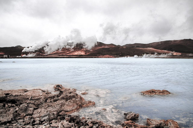 Geothermal Lake - fotokunst von Sebastian Berger