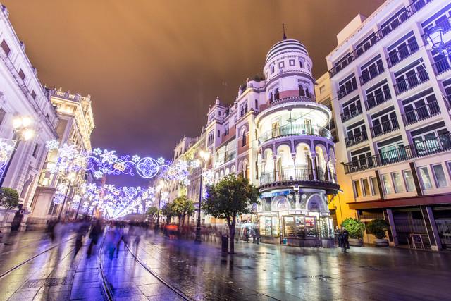 Sevilla - fotokunst von Tanapat Funmongkol