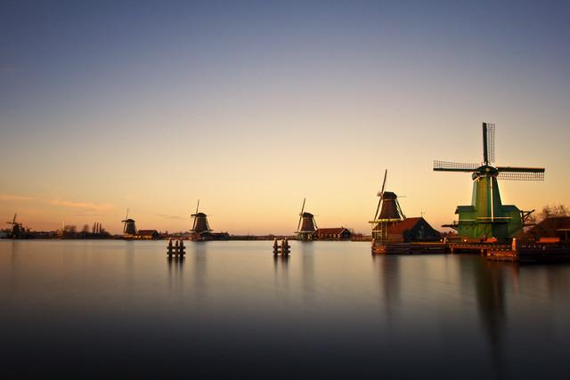 Windmill Parade - fotokunst von Carsten Meyerdierks