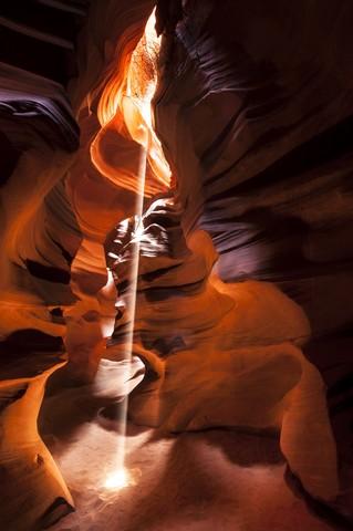 Sunbeam in Slot Canyon #03 - fotokunst von Michael Stein