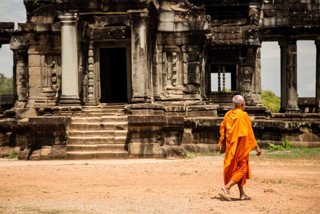 Mönch bei Angkor Wat - fotokunst von Steffen Rothammel