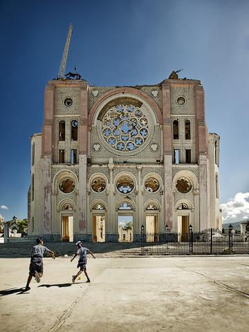 Cathédrale Notre-Dame de L'Assomption. - fotokunst von Frank Domahs