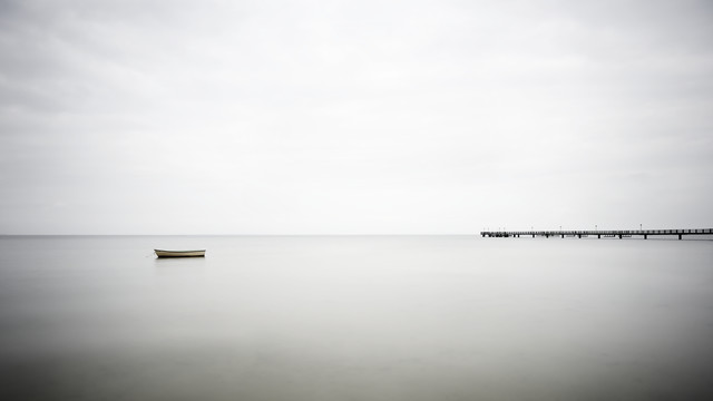 Seebrücke Lubmin - fotokunst von Gabi Kuervers