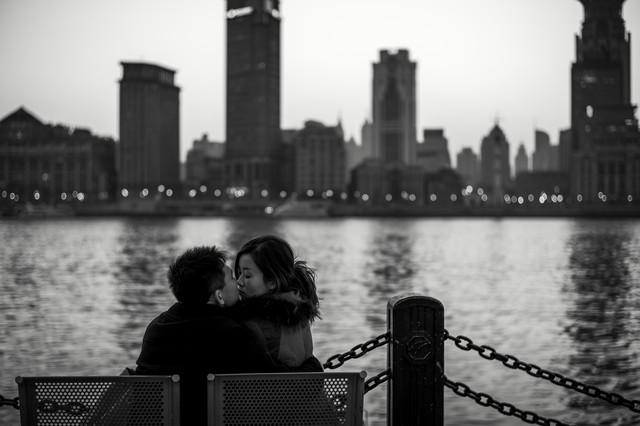 Urban Love - fotokunst von Rob Smith