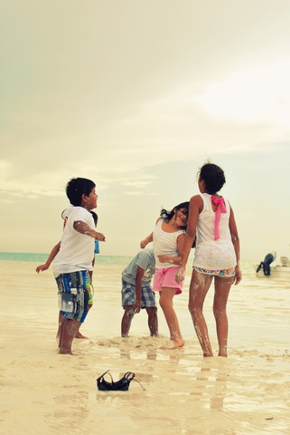 Enjoying sand between the toes - fotokunst von Julia Hafenscher