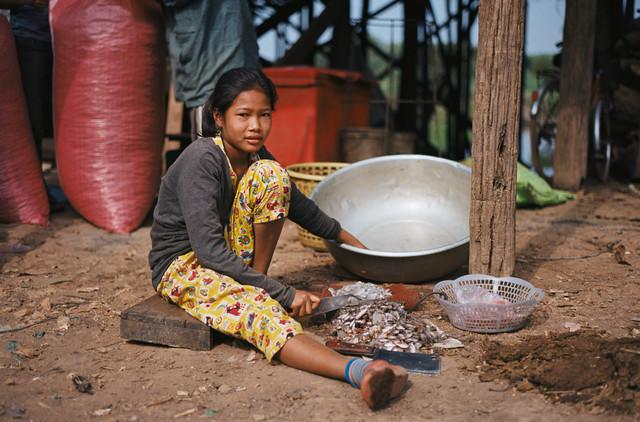 Cambodia Kompong Phluck - fotokunst von Jim Delcid