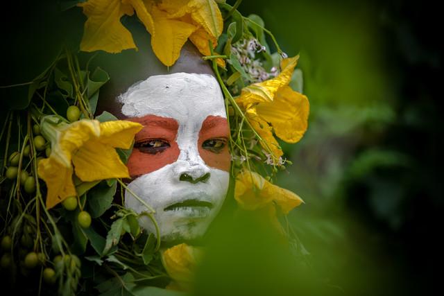 Suri Green - fotokunst von Miro May