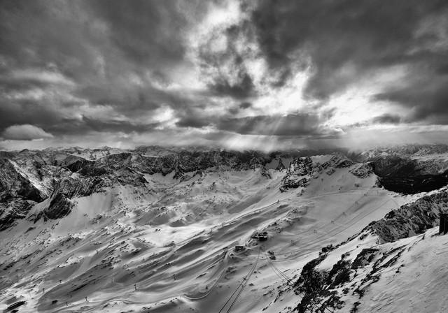 Zugspitze - fotokunst von Jochen Fischer