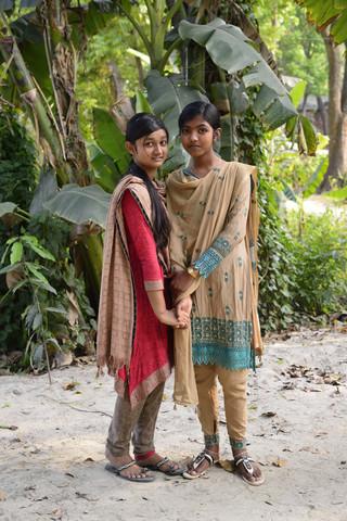 people of Bangladesh 1 - fotokunst von Markus Hertrich