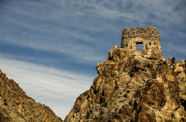 Tower - fotokunst von Andreea Tanase