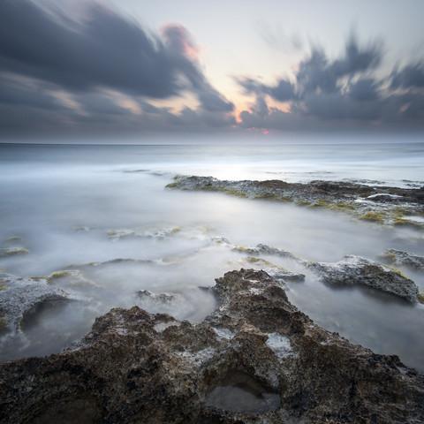 Cyprus 2 - fotokunst von Ronnie Baxter