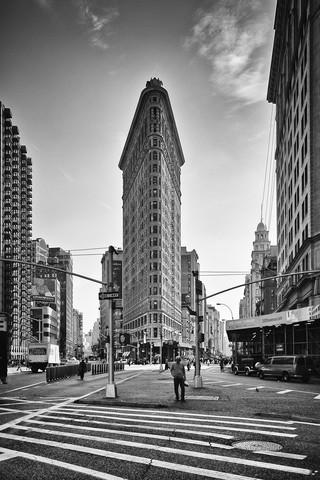 Flatiron Building - fotokunst von Mario Ebenhöh
