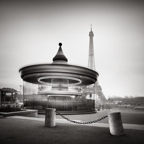 Tour Eiffel - Study 2 - fotokunst von Ronny Behnert