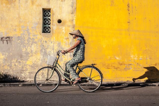 Good Night, Vietnam - Bike 1 - fotokunst von Jörg Faißt