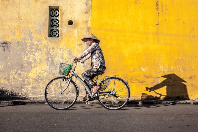 Good Night, Vietnam - Bike 2 - fotokunst von Jörg Faißt