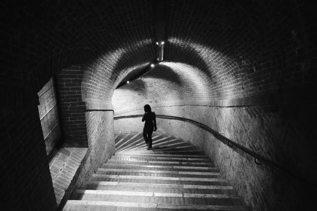 Downward Spiral - fotokunst von Brett Elmer