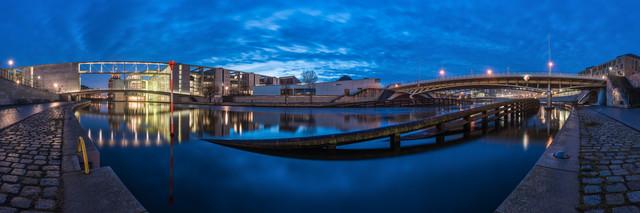 Berlin - Regierungsviertel Panorama Studie I - fotokunst von Jean Claude Castor