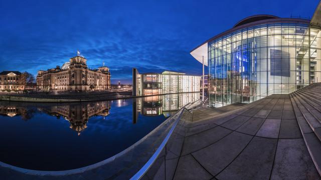 Berlin - Regierungsviertel Panorama Studie II - fotokunst von Jean Claude Castor