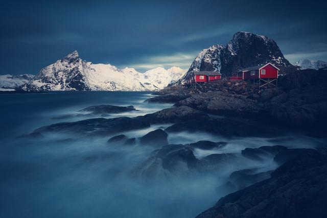 Rote Hütten - fotokunst von Franz Sussbauer