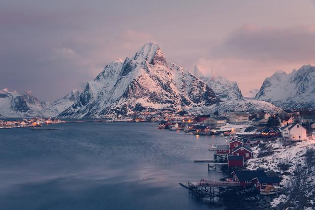 Winter in Reine - fotokunst von Franz Sussbauer