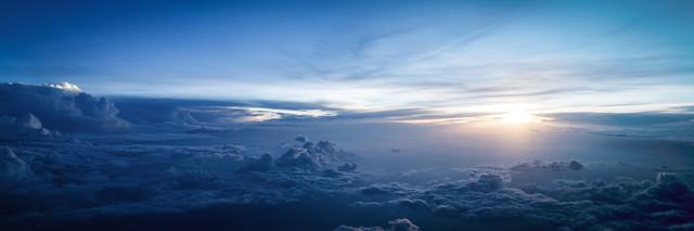 INTERNATIONAL AIRSPACE - fotokunst von Roman Becker