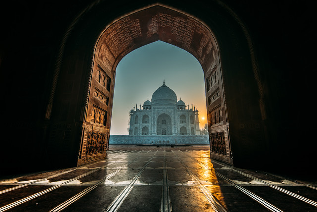 The Taj and the Mosque - fotokunst von Oliver Ostermeyer