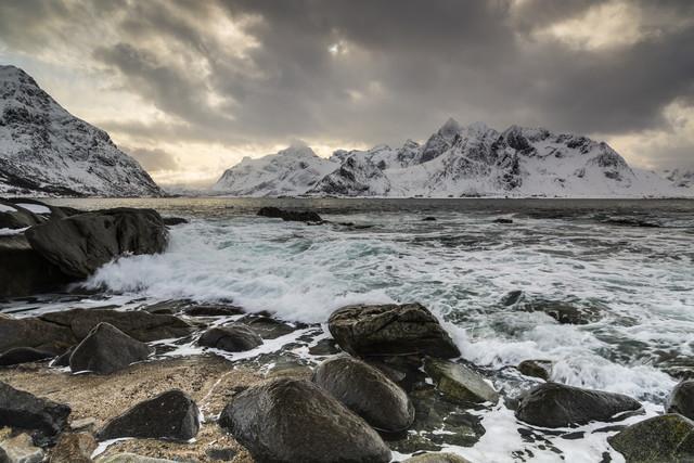 Vareid, Lofoten - fotokunst von Mikolaj Gospodarek
