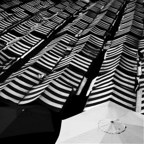 Markt - fotokunst von Ernst Pini