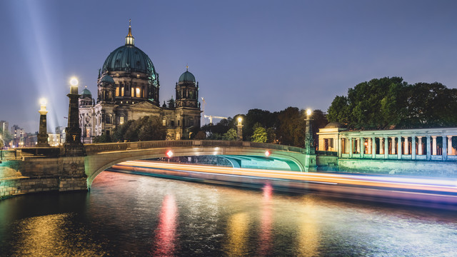 Berliner Dom - Light Traffic - fotokunst von Ronny Behnert