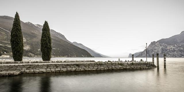 Gardasee - fotokunst von Sebastian Rost