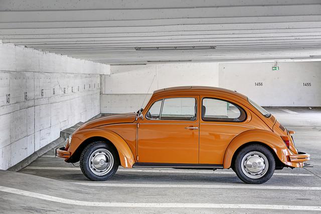 Beetle - fotokunst von Michael Belhadi