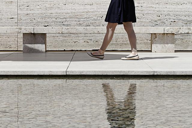 Barcelona Pavillon - fotokunst von Michael Belhadi