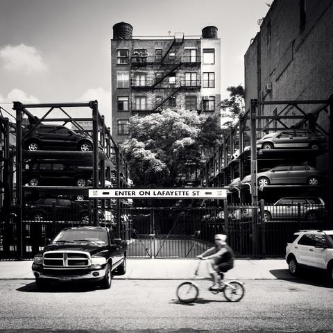 Enter on Lafayette - NYC - fotokunst von Ronny Ritschel