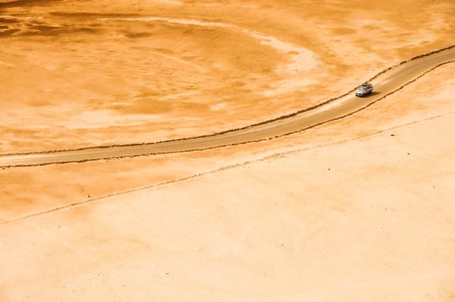 Desert Road - fotokunst von Christian Göran