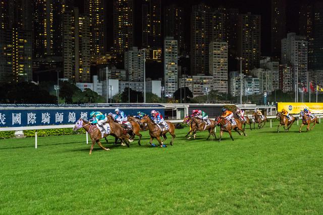 Hong Kong Rennen - fotokunst von Arno Simons