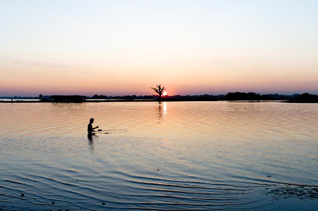 the fisherman - fotokunst von Simon Bode