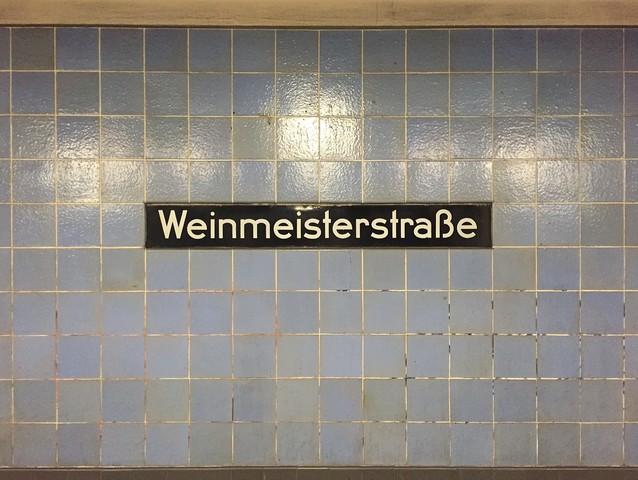 Weinmeisterstraße - fotokunst von Claudio Galamini