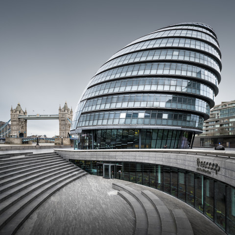 City Hall - London - fotokunst von Ronny Behnert