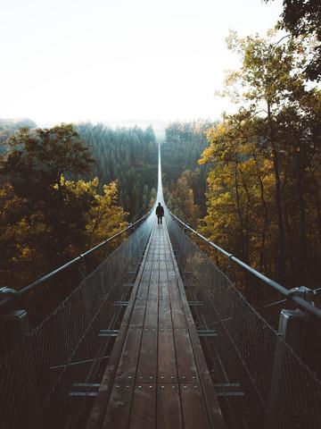 WALK THE LINE. - fotokunst von Philipp Heigel