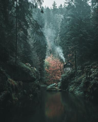 Cozy Cabin Vibes - fotokunst von Luca Jaenichen
