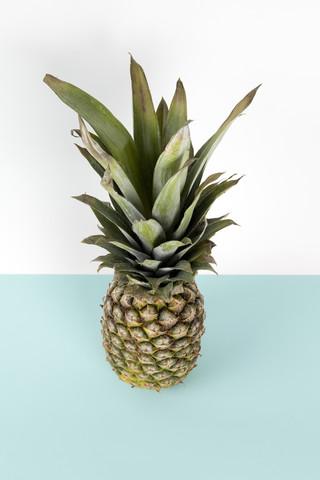 Pop pineapple - fotokunst von Loulou von Glup