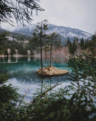Insel im Crestasee - fotokunst von Jan Keller