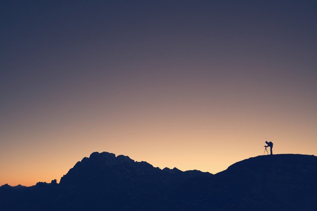 Silhouette eines Fotografen - fotokunst von Franz Sussbauer
