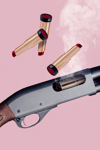 Lipstick Gun - fotokunst von Jonas Loose