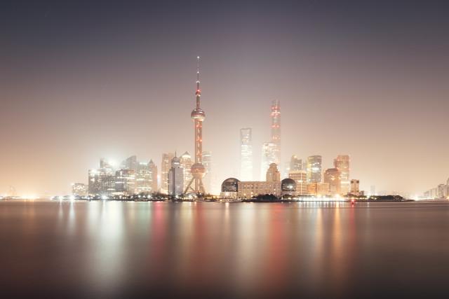 Pudong in light - fotokunst von Roman Becker