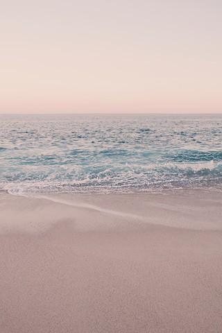 ROSEGOLD BEACH MORNING - fotokunst von Monika Strigel
